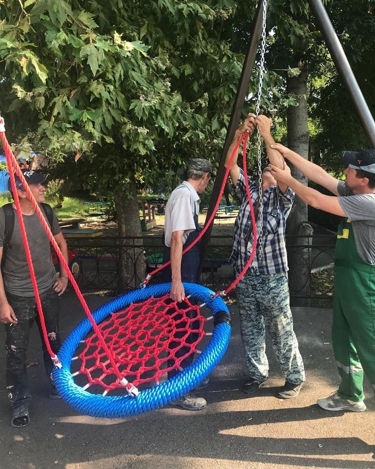 Замена игрового оборудования на детских площадках