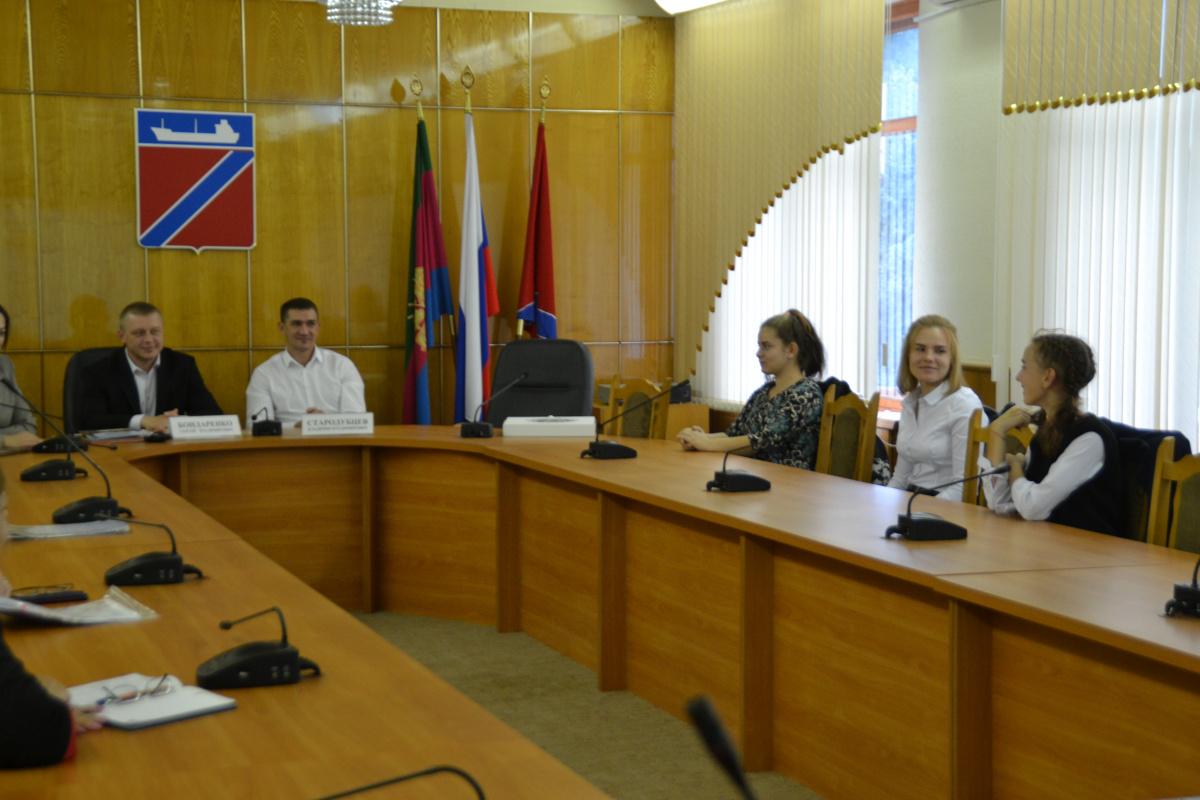 Встреча с участниками Всероссийского слета учащихся городов воинской славы
