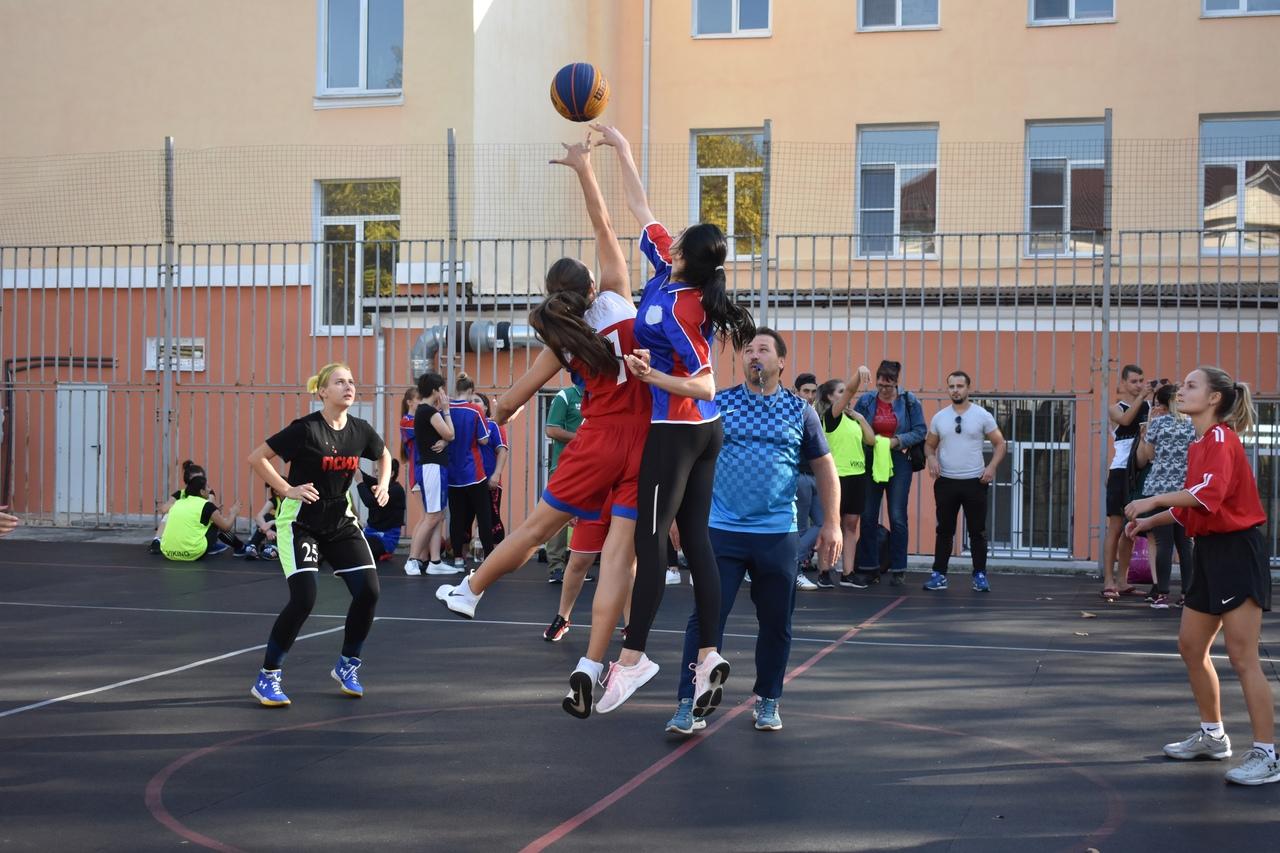 Молодежное первенство по баскетболу