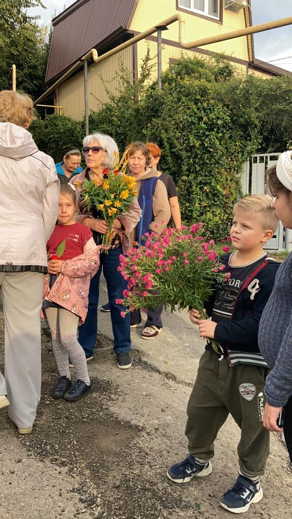 Праздник цветов на ул.Ключевой