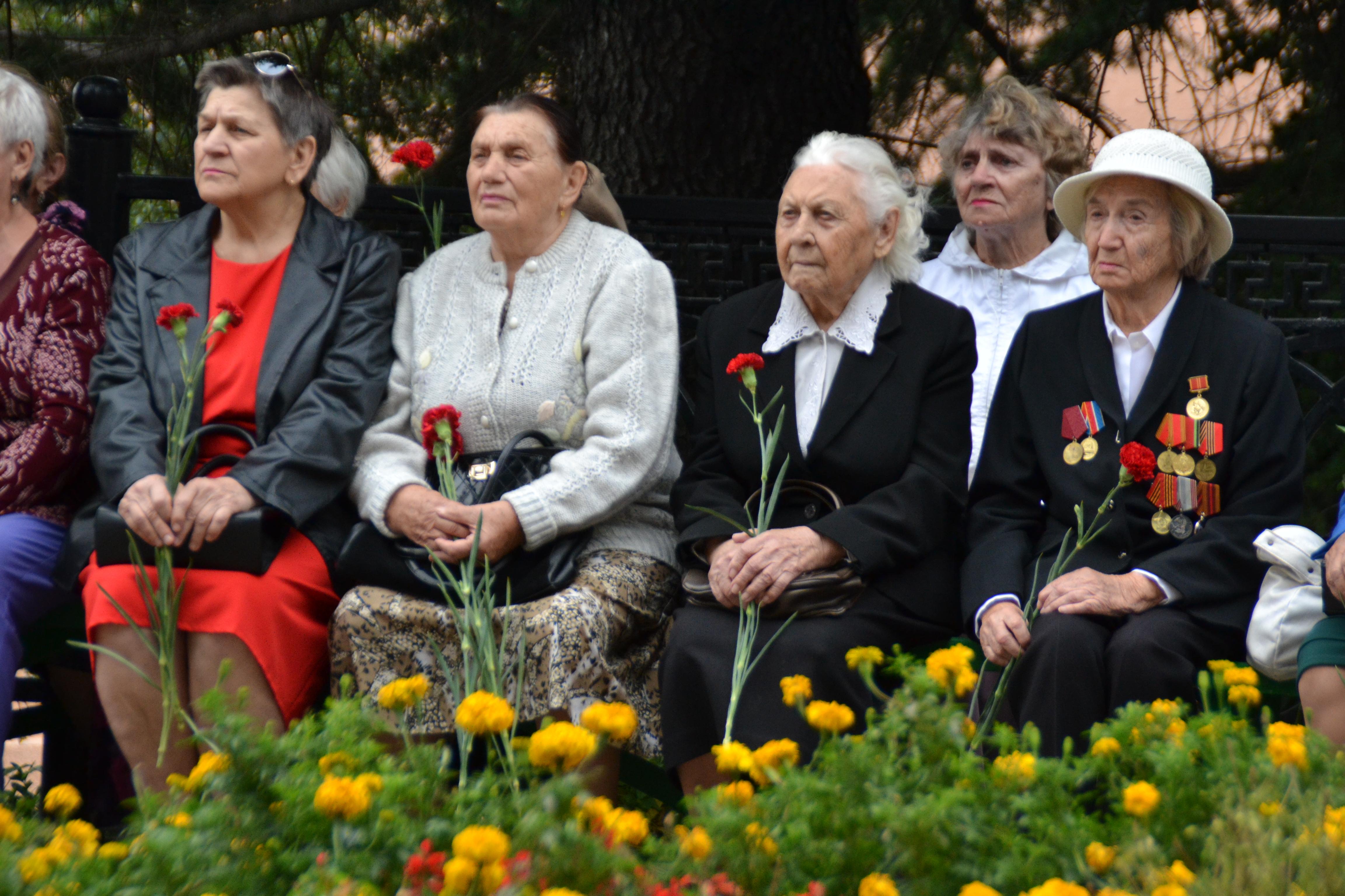 Митинг в день 77-летия начала обороны Туапсе
