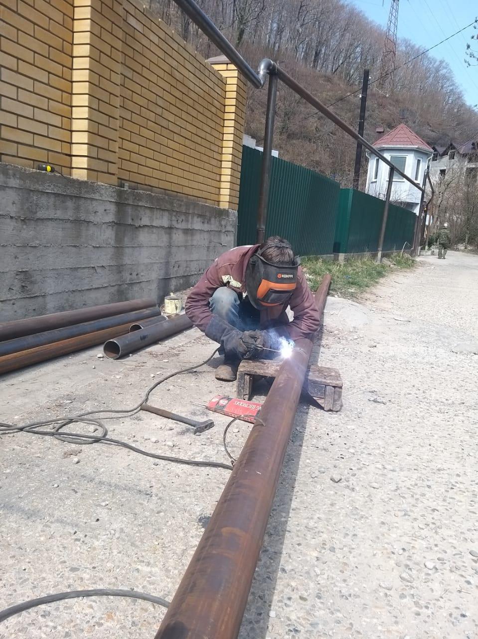 В переулке Калараша ведётся строительство газопровода