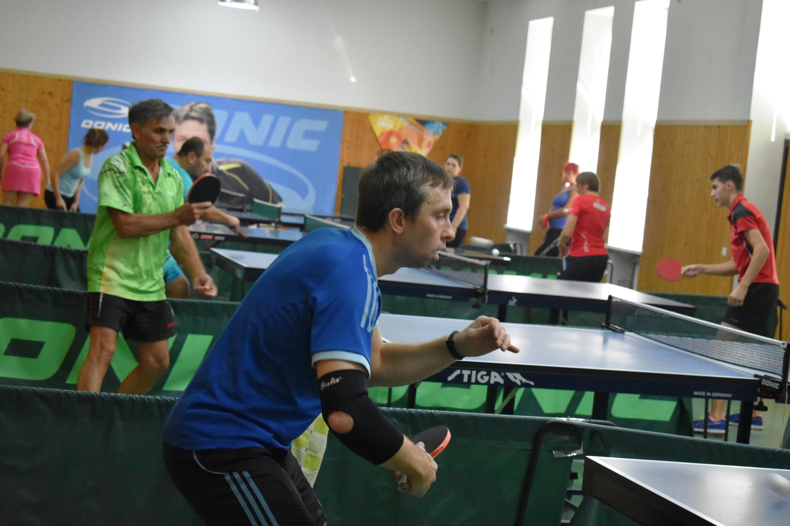 В Туапсе прошло первенство города по настольному теннису
