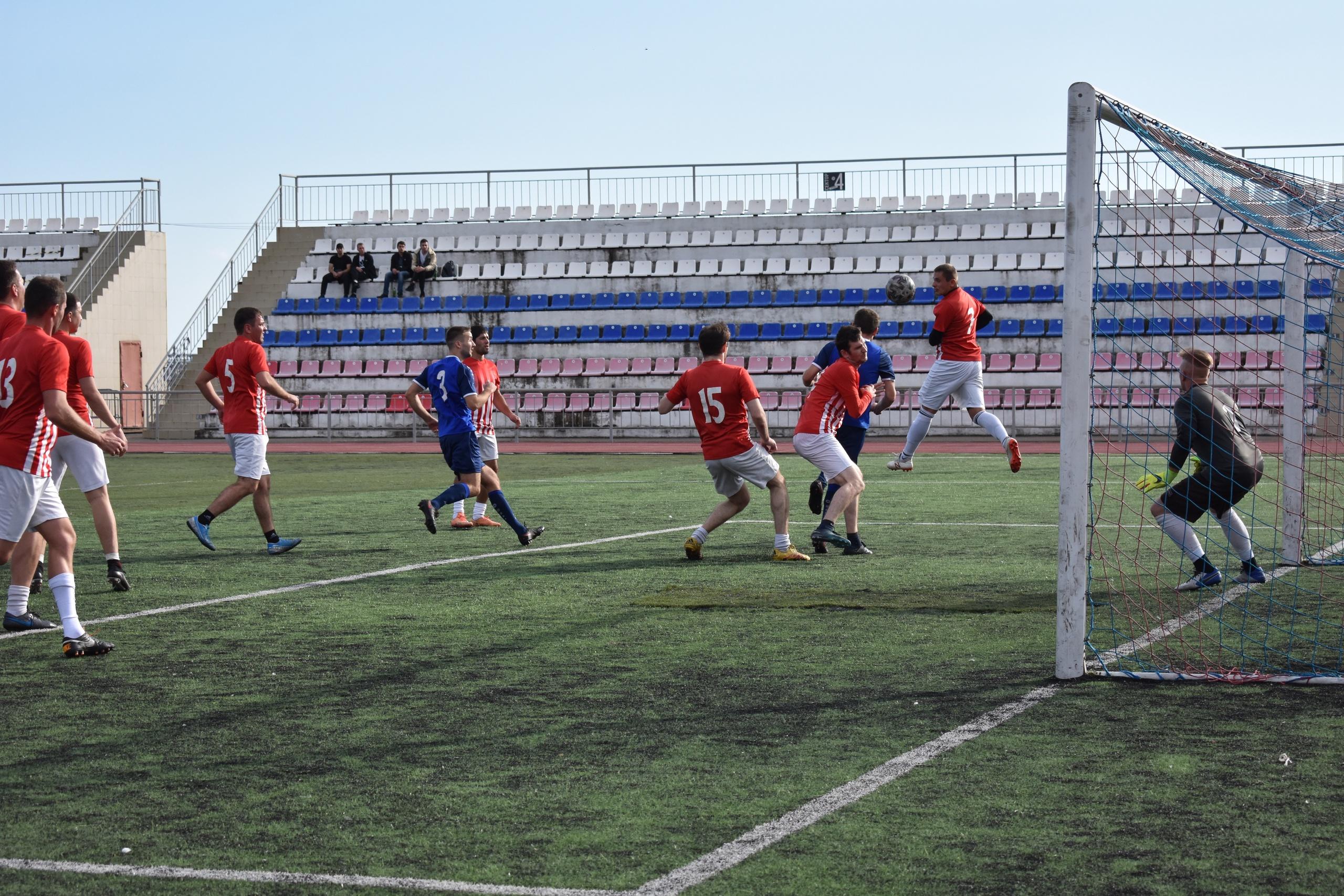 Кубок главы города Туапсе по футболу завоевала команда «Порт»