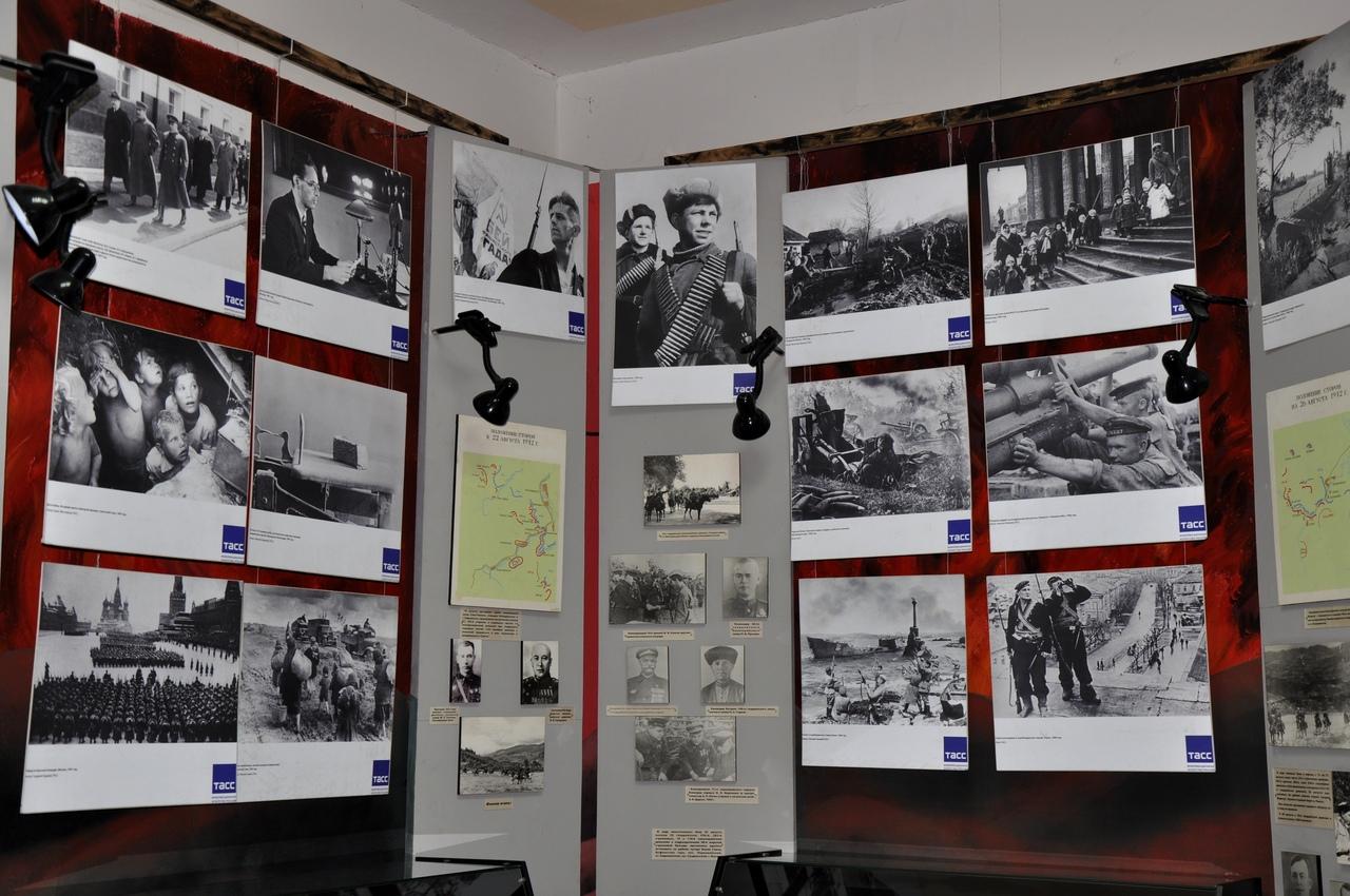 «Воинский долг, честь и судьба» - в фотографиях фронтовых корреспондентов