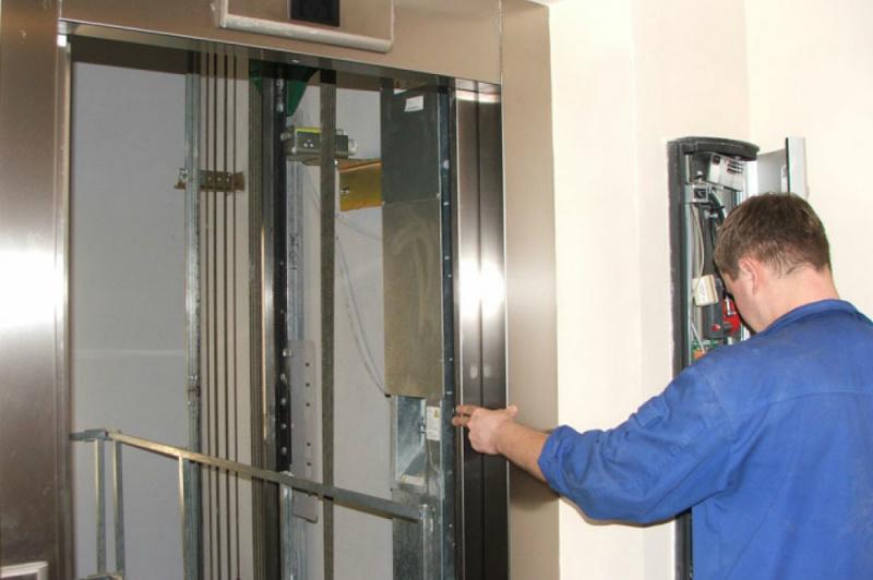 Замена лифтов в многоквартирных домах