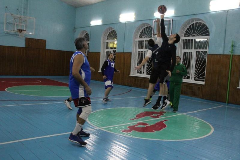 Первенство  города  Туапсе по баскетболу  среди  любительских  команд