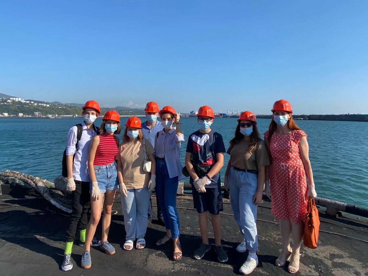 Экскурсия для молодежи в Туапсинский морской торговый порт