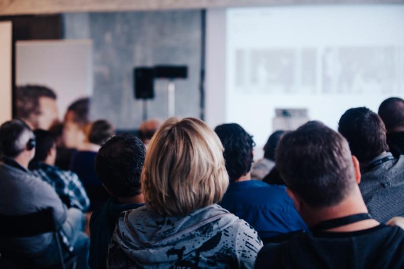 Проект индикативного плана социально-экономического развития города обсудят на публичных слушаниях