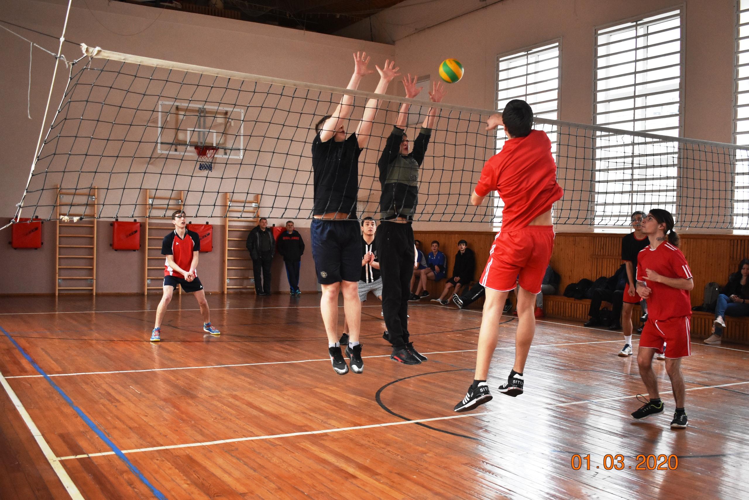 В Туапсе проходит Чемпионат по волейболу