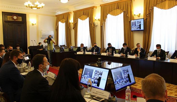 В кубанском парламенте обсудили подготовку к общему собранию Совета молодых депутатов