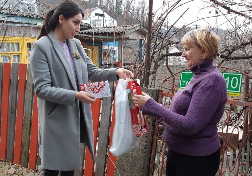 Депутаты «ТОРЕС» поздравили многодетные семьи