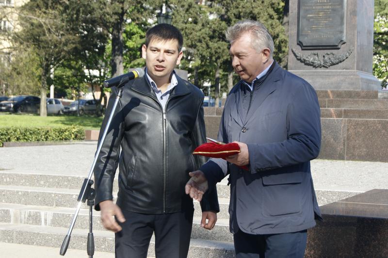 Город Воинской Славы Туапсе встречал автопробег Краевого Совета