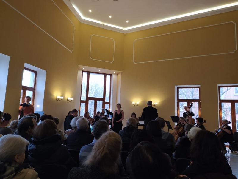 Подарок от Туапсинского камерного оркестра и Александры Черненко