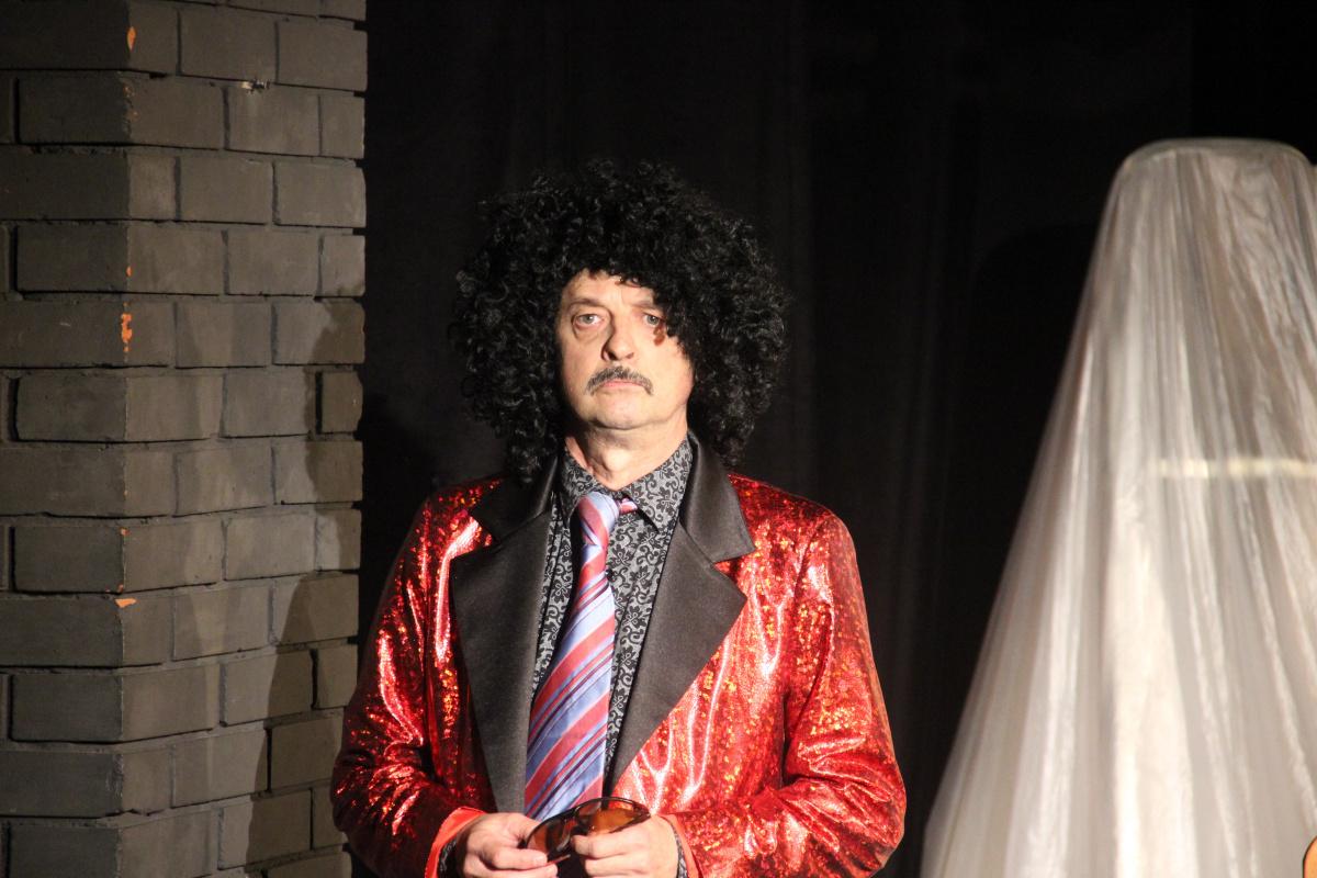 21 Мая в Туапсинском театре юного зрителя состоялся премьерный показ спектакля «Декоратор».